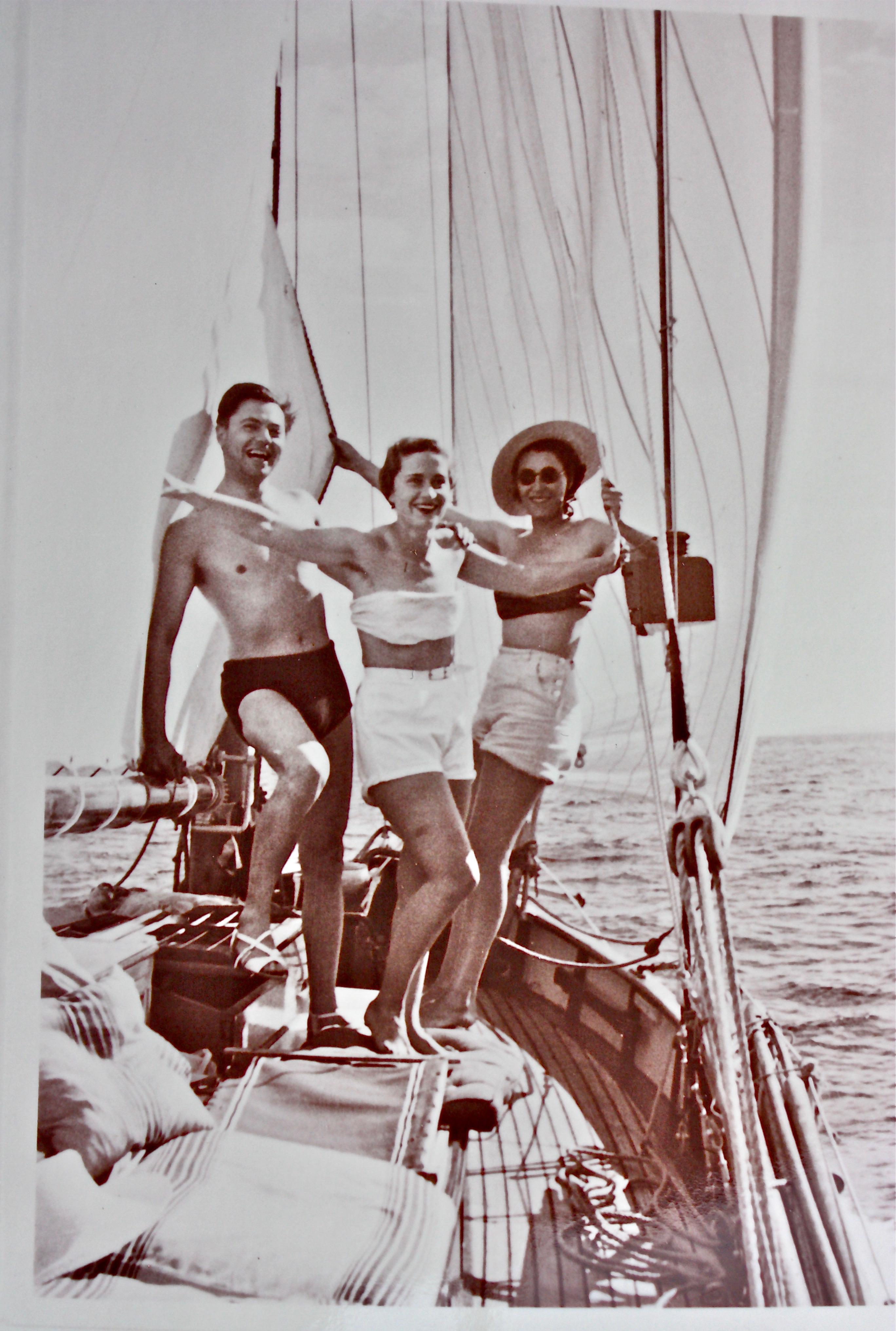 Jean Moulin et des amies, vraisemblablement au